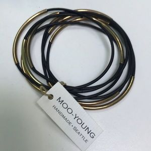 MOO-YOUNG bracelets black leather and gold